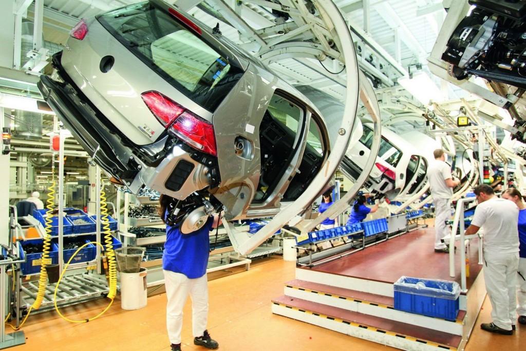 fabrica-volkswagen-golf-1024x683