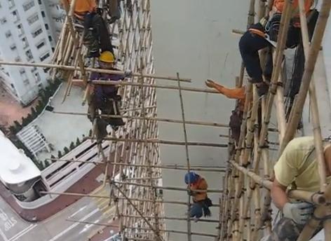 Vídeo de vértigo: ¿Quieres ver cómo montan los andamios de bambú ...