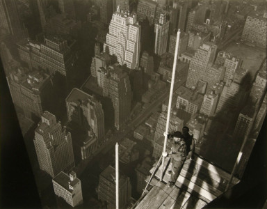 Raising_the_Mast_Empire_State_Building_by_Lewis_W_Hine