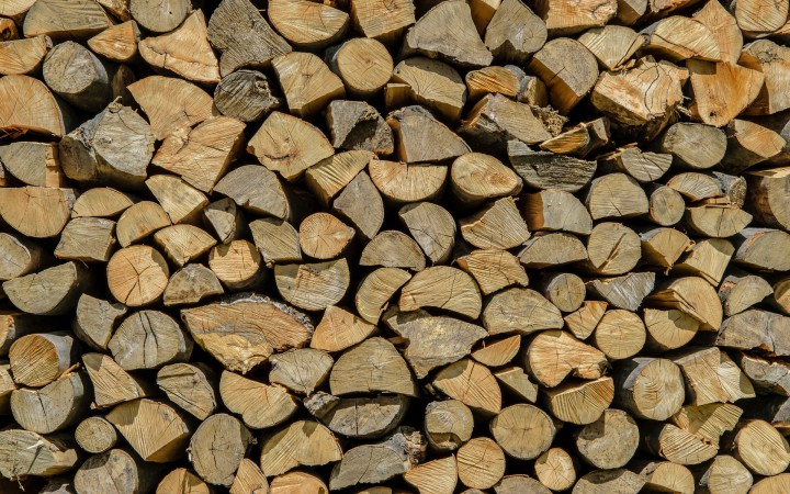 firewood-1726208_1920
