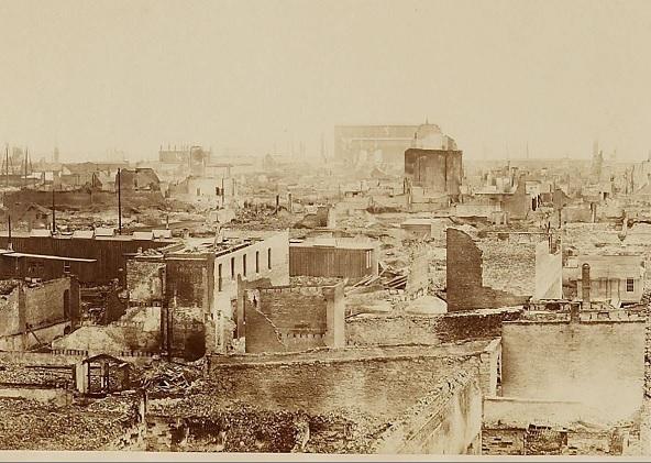 Imagen de Chicago tras el incendio.<br /> Fuente: Wikimedia Commons.