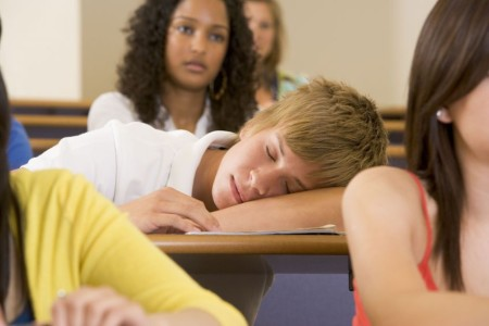 student-sleeping-in-class